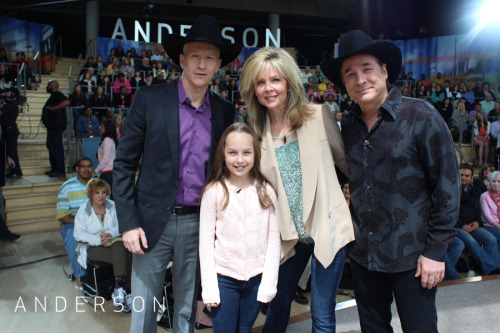 "Country star Clint Black joined ""Anderson"" today with his wife of 20 years, Lisa Hartman Black. The two gave Anderson a cowboy hat. Watch Clint & Lisa play the 'Not-So-Newlywed' Game."