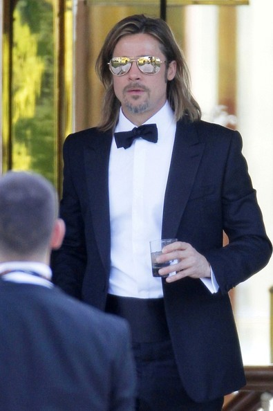 Oh great. Now I have to stare at this photo of Brad Pitt for two hours.