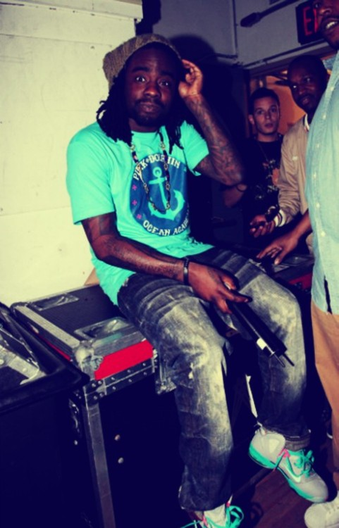 caronasandarizonas:  Wale In South Beach Elite 9's via BeFunky