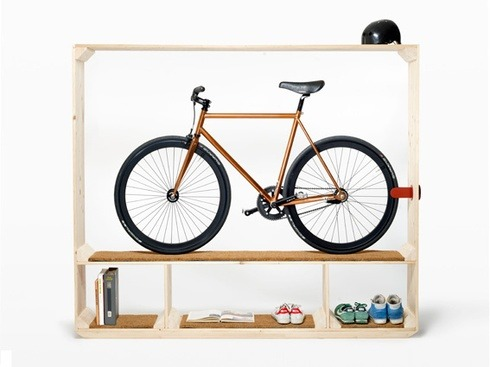 bisign:  Shoes Books and a Bike (vía Products)