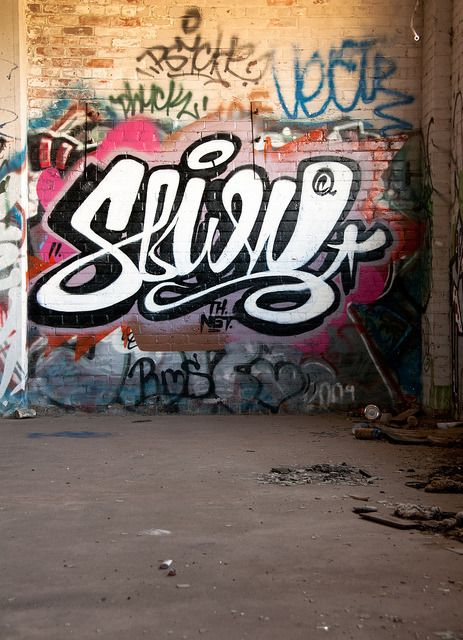 adreamwithterriblewings:  Graff-1-2 by geist zero on Flickr.