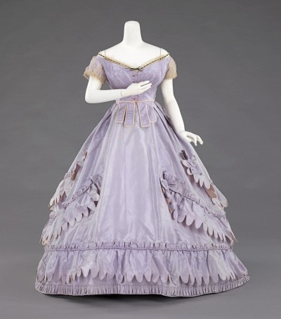 Charles Frederick Worth Evening Ensemble, Met Museum, c. 1862-65.  Isn't that lovely?