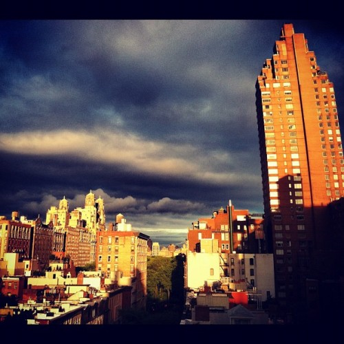 #light #sunset #clouds #silverlining #nyc #roof (Taken with instagram)