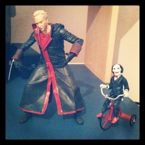 John e Billy the puppet *-* #jigsaw #johnkramer #billythepuppet #actionfigures (Publicado com o Instagram)