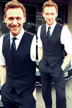 Tom Hiddleston - 30 and 31/100