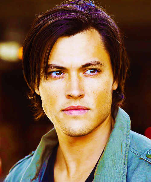 (♠) Kassandra's Maxim Hot 100 → 71. Blair Redford Underused FC: Blair Redford
