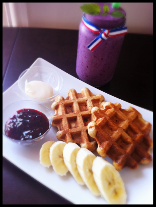 Breakfast at home, Homemade  Belgium waffles with homemade strawberry vanilla jam and Soy Smoothie :)