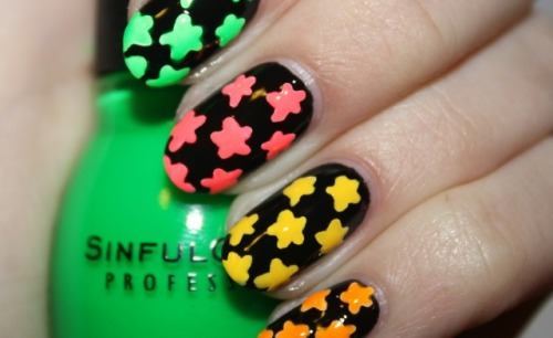 Starry Eyed nail art by Polish You Pretty. Click the photo to see the full tutorial!