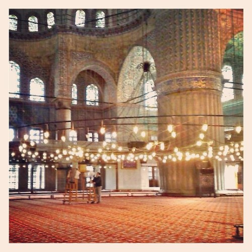 #Bluemosque #istanbul #turkey #iphonography #photooftheday #iphone #iphonesia #instagood #memories  (Pris avec instagram)