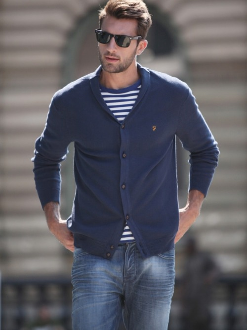 like the look… cardigan, jeans, ray ban wayfarers