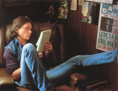 awesomepeoplereading:  River Phoenix reads.