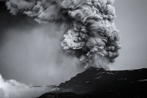 B/W eruption (by Bkort photography)