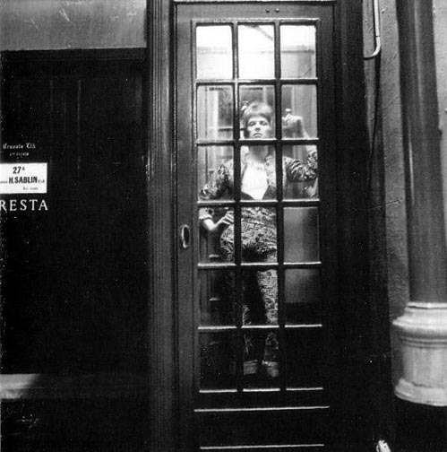 Brian Ward, David Bowie as Ziggy Stardust in a Phone Box, 1972 See more from the photo session here - The man who fell to earth