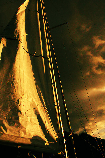 sail2 by xchrisxtinax on Flickr.