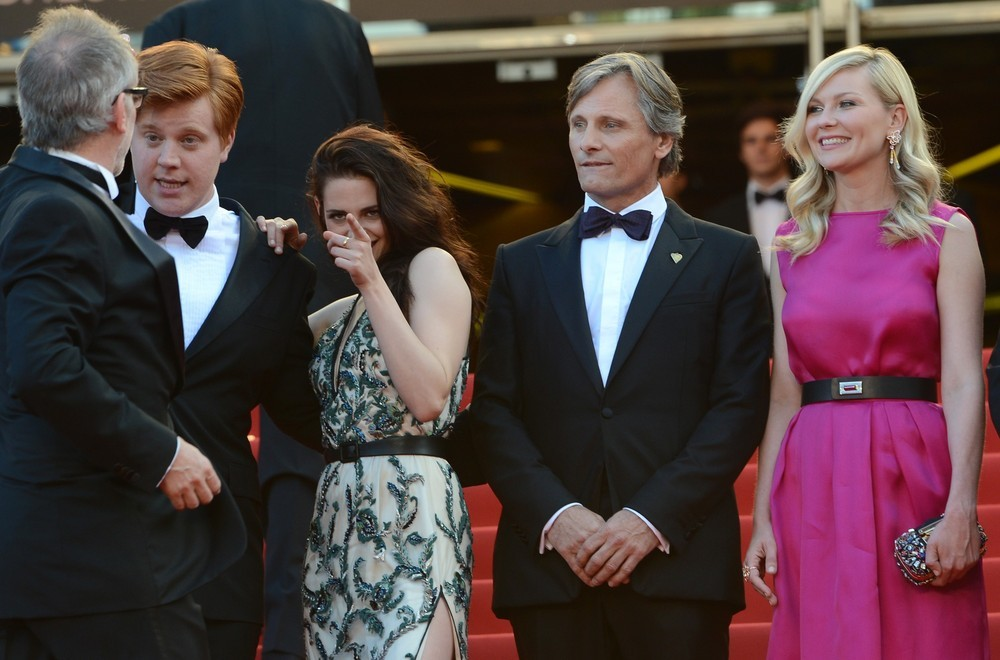 Danny Morgan, Kristen Stewart (in Balenciaga), Viggo Mortensen and Kirsten Dunst (in Dior) at the On the Road premiere at the Cannes Film Festival, May 23rd