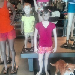 Lmao my brother changed the heads!!! Dito Pobre Old Navy (Taken with instagram)