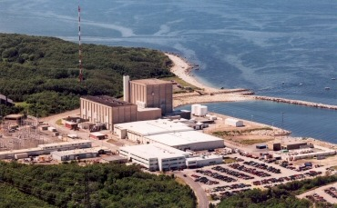 "May 25th, 2012: Pilgrim Nuclear Power Plant near Boston deemed safe, gets new 20-year license to operate.  Pilgrim's site vice president, said, ""NRC approval of Pilgrim's license renewal application was the culmination of extensive and rigorous review by the NRC and a tremendous amount of hard work by Entergy. The NRC spent more than 20,000 hours conducting inspections and reviews. At the end of the process, we effectively demonstrated that our systems, structures and components will continue to safely perform their intended function during the 20-year renewal period.""  May 27, 2012: Plant shuts down days later due to safety issues.  thenuclearblog: Pilgrim nuclear plant shut down after condenser problem 05/22/2012 By Colin A. Young, Globe Correspondent Power production at the Pilgrim Nuclear Power Station in Plymouth was halted this afternoon when a condenser at the station lost vacuum pressure during a cleaning, forcing operators to shut down the entire plant, officials said. Operators shut down the plant, which was operating at about 30 percent power at the time, according to Neil Sheehan, a spokesman for the Nuclear Regulatory Commission. Plant operators initiated a manual ""scram,"" which ""involves the control room operators inserting all of the control rods into the reactor core to halt the fissioning process,"" according to Sheehan. The condenser uses water from the bay to cool and convert into water the steam that was produced in the reactor and then used to spin the turbine to generate electricity, Sheehan said. The condenser operates in a vacuum to maximize efficiency, he said. NRC inspectors at the plant ""did not identify any safety concerns or performance issues,"" Sheehan said. ""They will follow the company's efforts to troubleshoot the cause of the loss of condenser vacuum and any corrective actions."" click here to continue reading…"