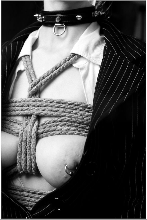 blackleatherbelt:  How He bound her under her office business suit