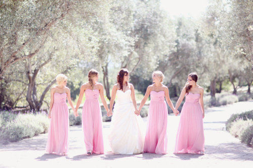 I don't really support full length bridesmaid dresses but these are so pretty.