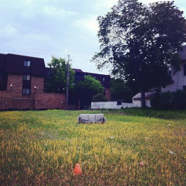 APT AVAILABLE. LYN-LAKE AREA OF MPLS. ALL BILLS PAID.  (Taken with instagram)