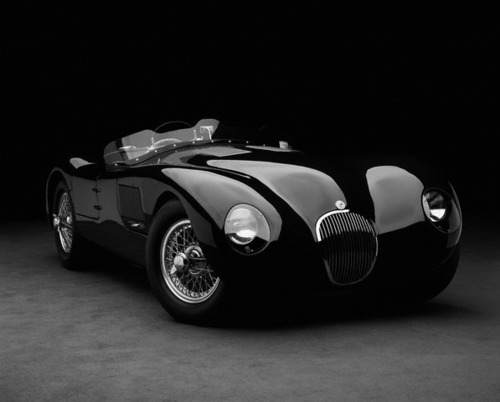 manchannel:  Jaguar C Type.