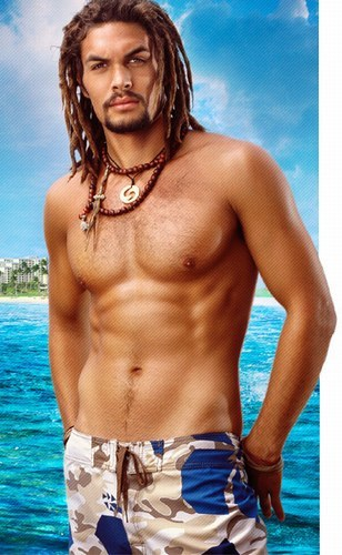 Jason Momoa is a really good looking human being…