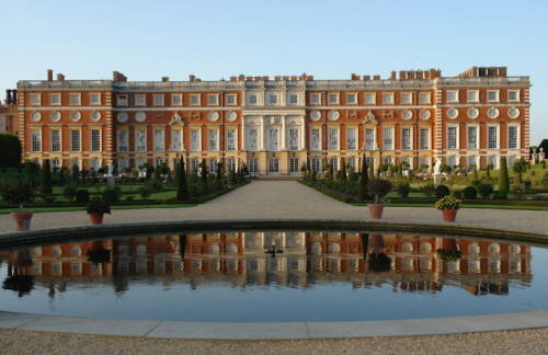 Historic Hamptons Palace, made magnificent by Cardinal Wolsey and taken by his lord King Henry VIII as a royal palace, was originally a grange for the Knights Templar. It was the center of their agricultural business, and used to store produce. In other words, a giant barn.