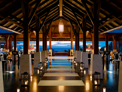 Shangri-La's Main EntranceBoracay, PhilippinesMore photos like this on http://iamhazelle.tumblr.com. :)