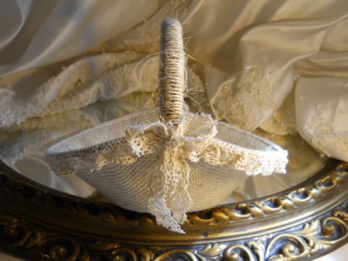 Burlap Flower Girl Basket handmade of bleached burlap, twine and crochet lace.