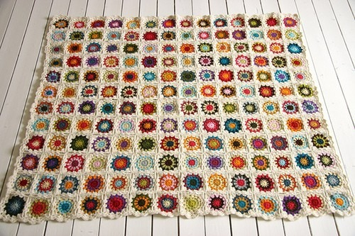 podkins:   Source: gnomeangel.com via Deb on Pinterest  Hand crocheted afghan.  Lovely colours.
