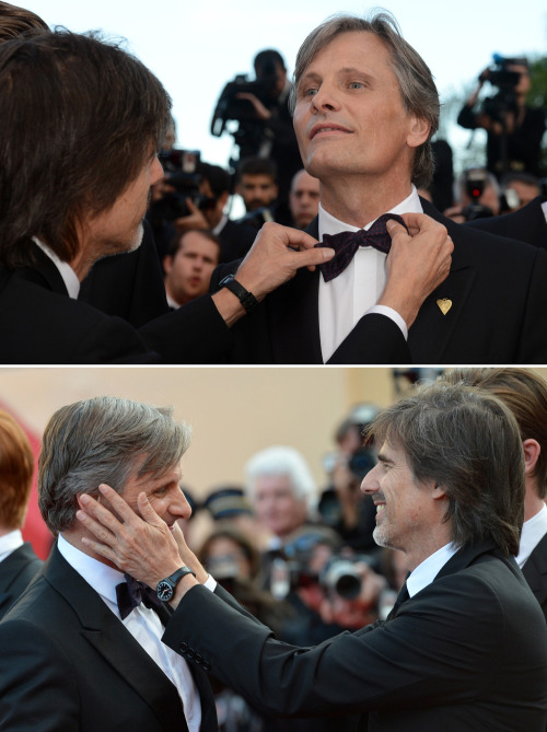 Viggo Mortensen & Walter Salles - On the Road premiere at Cannes, May 23rd 2012 Adjusting Viggo's bow tie & cupping his face! This man has my life!