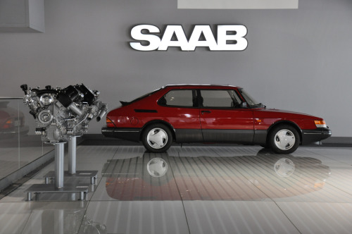 iamrodnunez:  itcars:  Saab 900 Aero Image by Robert Nordqvist  I love this car. I want one.  What the hell is wrong with you?