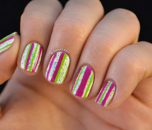 blognailedit:  Glitter and Nail Art: Day 4