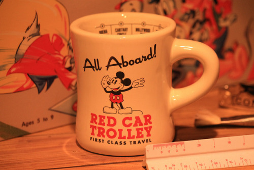 mintjuleplove:  I want this Red Car Trolley Mug! by Loren Javier on Flickr.