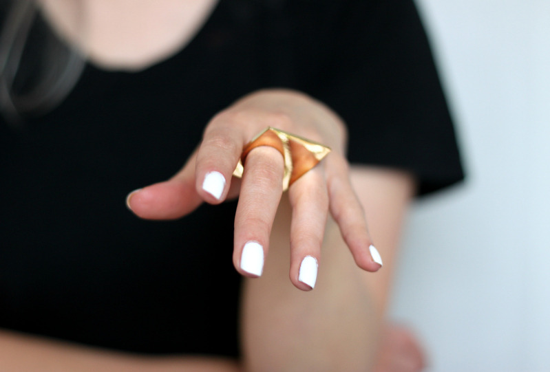 ring: Topshop (image: love-aesthetics)
