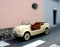 tora1014:  Fiat 500 Jolly (via Flyingpast)