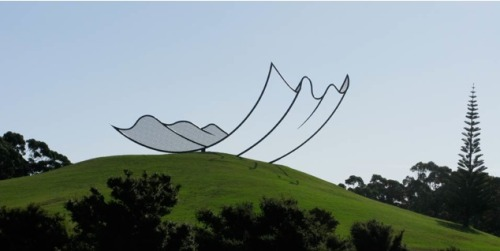 Horizons by Neil Dawson A 15m x 10m x 36m steel structure at Gibbs Farm art park.
