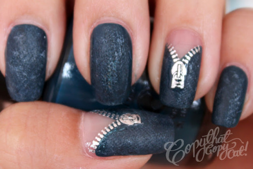 toxicnotebook:  Demin & Zipper nails via Copy That, Copy Cat!