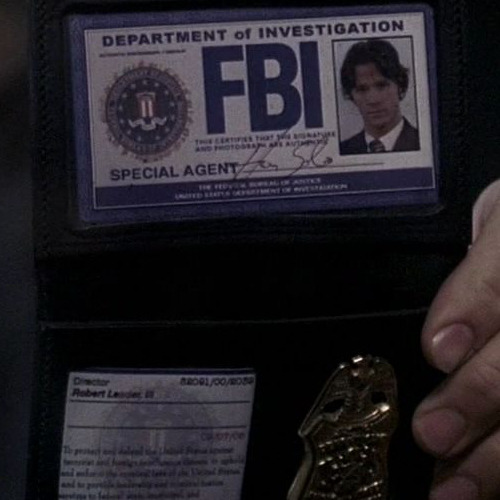caaastiel:  sam does your badge say that you're special agent han solo
