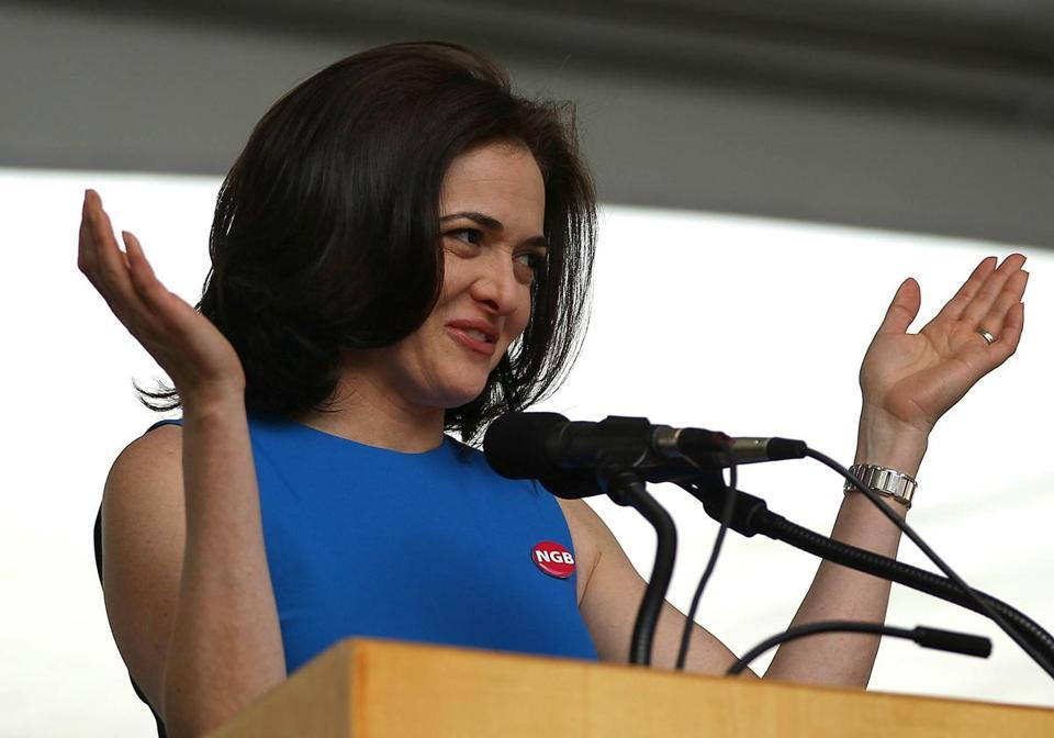Facebook executive talks careers to Harvard grads  - Sheryl Sandberg, the social network's chief operating officer and a Harvard Business School alumna, delivered the school's keynote address during its Class Day ceremonies.