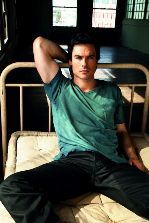 THEME THURSDAY: PART 3 - The Men of The Vampire Diaries