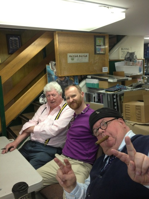 cheddarcheesehog:  Ian McNiece, Mark Gatiss and Tom Baker in a stamp shop in The Strand, London. (Via ianmcniece1950 on Twitter)  Just look at these bosses.