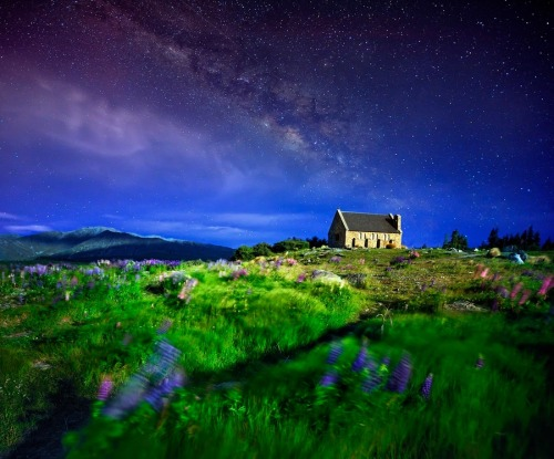 lori-rocks:  Dreamy Night Glory by AtomicZen