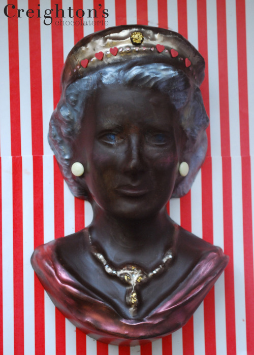 The queen in chocolate! wearecreightons.com/blog/uncategorized/lizzie-in-the-sky-with-diamonds/