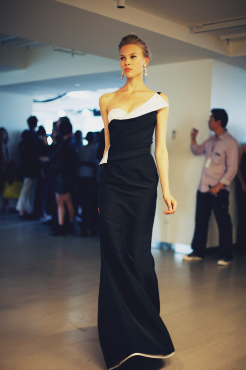 rebeccasharez:  Oscar de la Renta Resort 2013, beautiful.