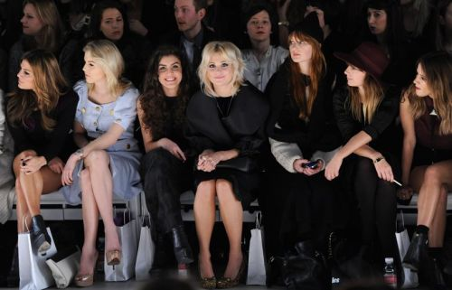 c-hapeau:  c-i-g-a-r:  n—y—c:  gold-sequins:  Pixie Lott at London Fashion Week Fall 2012;    i always follow back blogs like mine xx      Queued! x