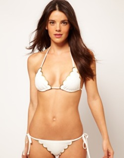 i really want this Chloe scallop edged bikini.