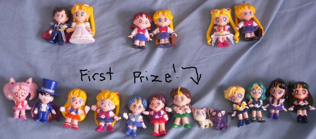 tripledrycap:  Chris's Sailor Moon Giveaway!! I found these figures that I used to collect, and I have too much clutter in my house! They aren't in mint condition or anything, so I decided to give them away for free! Rules: 1. Reblog this post as many times as you want (but please be courteous to your followers and try not to reblog too often!). Likes do not count! Following me won't help you win, but I would appreciate it of course. :) 2. The winners will be chosen on June 11, after I return from my local anime convention. 3. The first name chosen will get the first prize, shown on the bottom of the picture! All of the Sailor Senshi, including Chibi Moon, Luna, Artemis, and Tuxedo Mask. 4. The second and third names chosen will be asked in that order to choose one of the three pairs pictured in the top of the photo! 5. The fourth name chosen will obviously get the pair that is left after all choosing is done. :) 6. This contest is 100% free! I will cover shipping costs! I will be contacting all winners via Ask Box on June 11, so please keep your Asks open at that time! Good luck, and happy reblogging!