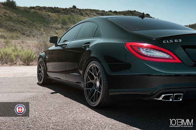 theautobible:  HRE Mercedes Benz AMG E63 Wagon & AMG CLS63 by 1013MM on Flickr.