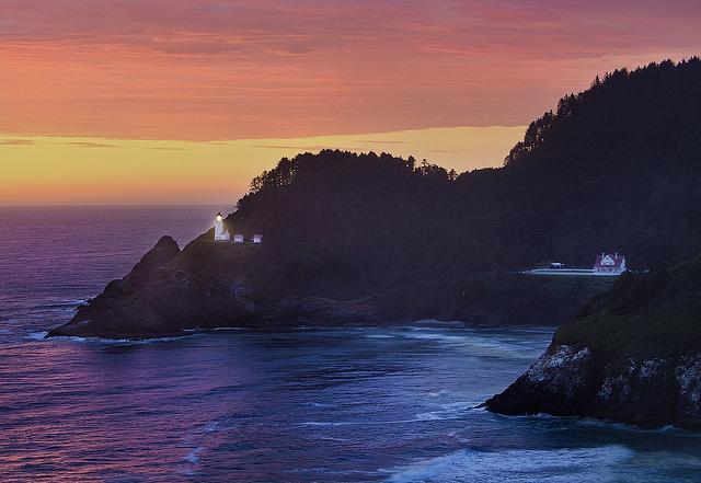 Heceta Head Lighthouse by snowpeak on Flickr.